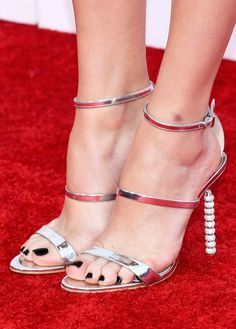 Share, rate and discuss pictures of Peyton List's feet on wikiFeet - the most comprehensive celebrity feet database to ever have existed. Peyton List, Peyton Roi, Beautiful Toes, Gorgeous Heels, Pretty Toes, Hot High Heels, Sexy Heels, Strappy Heels, Feet Soles