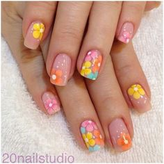 25 Delicate Flower Nail Designs Adding Lovely Blooms To Your Fingertips! nail art 5 minute - Nail Art 25 Delicate Flower Nail Designs Adding Lovely Blooms To Your Fingertips! Nail Design Spring, Spring Nail Art, Spring Nails, Summer Nails, Fancy Nail Art, Fancy Nails, Diy Nails, Cute Nails, Pretty Nails