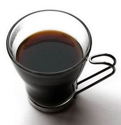 Drinking black coffee helps to lose weight Drinking Black Coffee, Coffee Drinks, Black Coffee Benefits, Vodka Tonic, Coffee Hair, Baby Closet Organization, Vodka Martini, Hair Rinse, Eat Breakfast