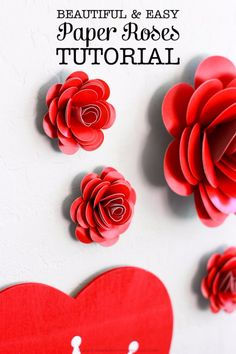 Totally Adorable Wreath Ideas For Valentines Day 10 day wreath diy p. - Totally Adorable Wreath Ideas For Valentines Day 10 day wreath diy paper flowers Totall - Valentine Day Wreaths, Valentines Day Party, Valentines Day Decorations, Valentine Day Crafts, Paper Roses Tutorial, Rose Tutorial, Paper Flowers Diy, Diy Paper, Fabric Flowers