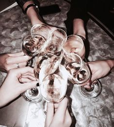 Image shared by Find images and videos about girls, friends and luxury on We Heart It - the app to get lost in what you love. Cheers, A Little Party, Doja Cat, Rich Kids, Girls Night Out, Gossip Girl, Night Life, At Least, Food Porn