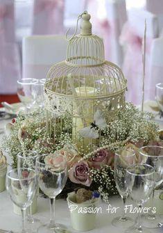 Google Image Result for http://passionforflowers.net/blog/wp-content/uploads/2012/07/vintage-roses-birdage-wedding-flowers.jpg