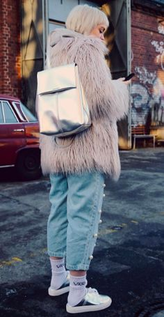 MAX&Co. Vreni Frost is coolly casual in our silver 2N1 backpack