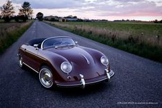 Visit our website to view our large inventory of the legendary Porsche 356 luxury 2 doors sports cars for sale at great prices. We have a wide selection of 356 Porsche in different colors and options for your selection. Porsche Classic, Classic Cars, Classic Style, Classic Beauty, Porsche Autos, Porsche Cars, Porsche 365, Porsche 2017, Vw Cars