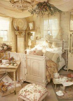Shabby Chic Bedroom Decorating Ideas 22