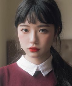 but still like the concept Beauty Make-up, Asian Beauty, Hair Beauty, Korean Makeup Look, Asian Makeup, Foto Portrait, Grunge Hair, Tips Belleza, Hairstyles With Bangs