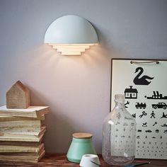 Moton Wall Lamp, White, Herstal