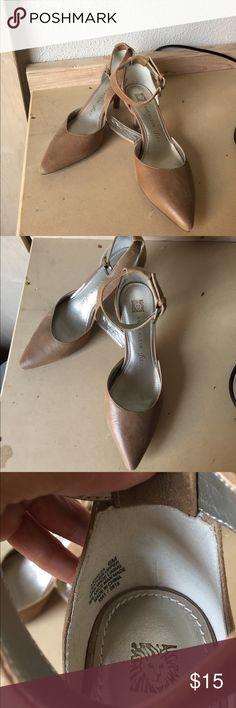 ANNE KLEIN kitten heels • SIZE 6M ANNE KLEIN kitten heels • SIZE 6M • light wear • as show in photos • wraps around ankle Anne Klein Shoes Heels