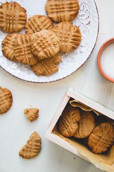 Delicious and healthy vegan peanut butter cookies.