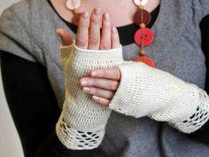 Virkatut kämmekkäät Fingerless Gloves, Arm Warmers, Mittens, Diy And Crafts, Knit Crochet, Crochet Necklace, Knitting, My Style, Accessories