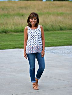 Friday Fashion-Summer Tops - Grace & Beauty Easy outfit to wear Fashion For Women Over 40, 50 Fashion, Women's Summer Fashion, Fashion Outfits, Womens Fashion, Fashion Trends, Summer Fashions, Holiday Fashion, Ladies Fashion