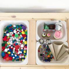 Montessori Playroom, Montessori Toddler, Montessori Activities, Preschool Centers, Preschool At Home, Indoor Activities For Kids, Infant Activities, Toddler Sensory Bins, Sensory Play