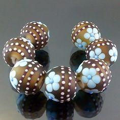 PIKALDA=handmade lampwork 7 glass beads flower blossom garden=GREEN GARDEN=SRA