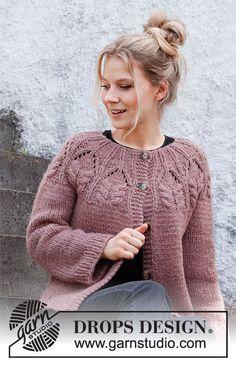 Drops Design, Knitting Patterns Free, Free Knitting, Magazine Drops, Icelandic Sweaters, Super Bulky Yarn, Crochet Diagram, Mohair Sweater, Work Tops