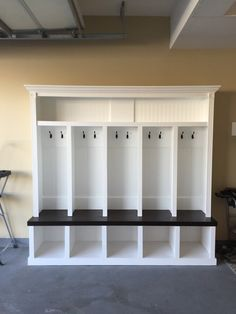 Entryway locker Mudroom Locker Drop Zone 78tall x 80 wide depth 18 $2500 each local shipping $450. Units are made out of Maple Ply and benches are red oak stained Khona with 3 x polyurethane satin.Unit Ships in Two section. Assembly required. We supply all screws etc. Top section must be screwed down to bench. Please note. Etsy only release payment one week after order was place. I can only start orders once payment is received. Units are made in order received and takes anytime between 2-4…