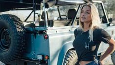 At time I love to be looking a beautiful land rover series...don't? Lol) Lobezno
