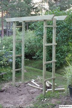 Adding Beauty to Your Garden With an Arbor Metal Arbor, Wooden Arbor, Building A Pergola, Pergola Plans, Diy Garden, Home And Garden, Small Garden Arbour, Palette Deco, Arbors Trellis