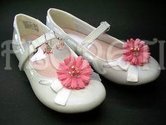 Mini Pink Daisy Shoe Clips for Girls | Floreti - Accessories on ArtFire. weddings, jewelry, pink daisy, shoe clips, children, shoes, accessories, girl, wedding accessory, flower girl gifts, silk flower, fabric flower, freshwater pearls, swarovski crystals. $38.48