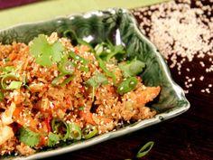 Fried rice med fläskfärs och ingefära | Recept från Köket.se Wok, Fried Rice, Chili, Nom Nom, Ethnic Recipes, Life, French Fries, Chili Powder, Chilis