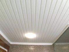 vinyl beadboard ceiling in bathroom (cm shaw studios) | the.home