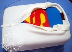 superman cake...@Elizabeth Lockhart Lockhart Lockhart Hendrix - you know you need this for a groom's cake!!!
