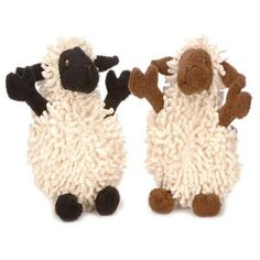 GO DOG FUZZY WUZZIES LAMB WITH CHEWGUARD TECHNOLOGY