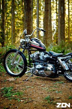 Harley Bobber - love the tank paint. Harley Bobber, Harley Bikes, Bobber Motorcycle, Bobber Chopper, Motorcycle Garage, Custom Bobber, Custom Harleys, Moto Logo, Motos Harley Davidson