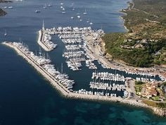 Marina di Portisco, ormeggi e posti barca in Sardegna, Costa Smeralda, yacht, megayacht