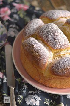 Brioche de Mascarpone | CON HARINA EN MIS ZAPATOS Biscuit Bread, Pan Bread, Bread Baking, Bakery Recipes, Dessert Recipes, Cooking Recipes, Receta Pan Brioche, Just Desserts, Delicious Desserts