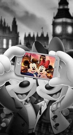 Wallpaper Disney - Ah şu hayat siyah beyazken bile renkli görenler var. Disney Mickey Mouse, Mickey Mouse Kunst, Retro Disney, Disney Art, Walt Disney, Vintage Disney, Mickey Mouse Wallpaper Iphone, Cute Disney Wallpaper, Disney Animation
