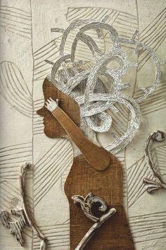 Nacido en Madrid en 1963, se licenció en Arte Dramático y Escenografía. Trabajó como actor en varias compañías de teatro hasta que un accidente en una gira le quitó del escenario.Entonces comenzó a… Up Book, Book Art, Mixed Media Collage, Collage Art, Collages, Fabric Stamping, D House, Sculpture Projects, Cardboard Art