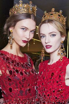 Karlie Kloss & Daria Strokous behind Dolce & Gabbana A/W 2013.    Great pic