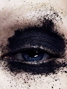 Top model Sasha Luss gets up close and personal, lensed by Marcus Ohlsson in 'Eyes on the Edge.' Gro Curtis styles Sasha for Vogue Japan November / Hair by Neil Moodie; makeup by Fredrik Stambro Make Up Art, Eye Make Up, Makeup Inspo, Beauty Makeup, Makeup Eyes, The Wicked The Divine, Make Up Inspiration, Vogue Beauty, Fotografia Macro