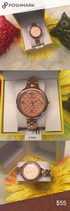 Stunning Quilted Rose Gold Watch NWT! Statement Piece! Quilted style! Rose Gold! Stainless Steel! Comes with box and tags! NEED I SAY MORE?? Great Gift for ANYONE! EVEN YOURSELF😘 Accessories