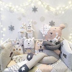 Never too many stuffed animals Cloud Nursery Decor, Baby Room Decor, Nursery Themes, Sewing Toys, Baby Sewing, Handmade Home Decor, Handmade Toys, Quilt Baby, Fabric Toys