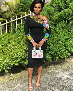 afrikanische mode Simple and Unique outfit Trending Female Fashion African Fashion Ankara, Latest African Fashion Dresses, African Print Fashion, Africa Fashion, African Style, Fashion Prints, Short African Dresses, Short Dresses, African Print Clothing
