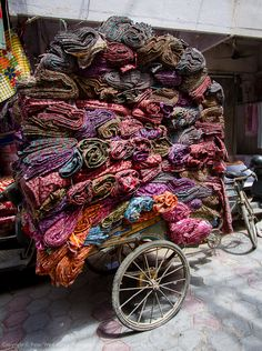 Piled High - Amritsar, India >> love the colors of India!