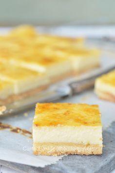 Cheesecake, een recept van Peter Scholte patissier van het Krasnapolsy in Amsterdam.  Geloof het of niet, heel eenvoudig thuis te maken met dit recept.   Elegant cheesecake!