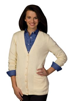 Ladies cardigan sweater with long v-neck from Edwards Garment, flatters a woman's curves. Fashioned from a soft blended cotton/nylon, this ladies' long v-neck cardigan has side pockets V Neck Cardigan, Cardigan Sweaters For Women, Long Cardigan, Cardigans For Women, Pullover Sweaters, Sweater Cardigan, Lady V, Sweater Fashion, Fashion Outfits