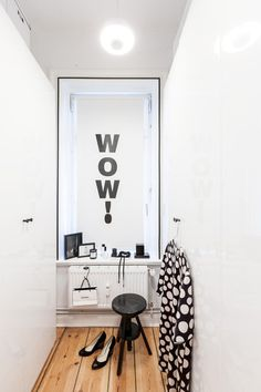 The wow!-effect wallsticker is available in my OhhhMhhh Shop (24,90 Euro). Please click on the picture to get to the shop...