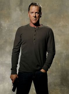 24 KIEFER SUTHERLAND - See best of PHOTOS of the 24 TV show