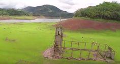 Odhalená dedina je turistickým lákadlom
