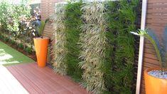 DIY Vertical Garden Systems | vertical green wall 1 looking at vertical growall garden systems ...