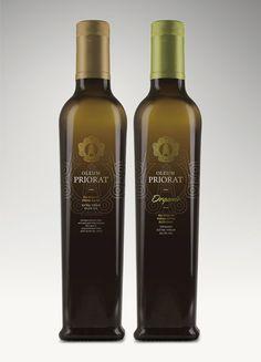 Oleum Priorat. Olive Oil packaging by Atipus in Spain.