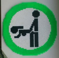 HAMA Perler Doggystyle Sign