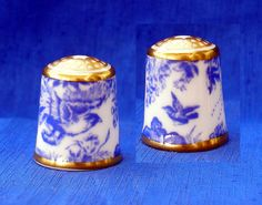 ROYAL CROWN DERBY COLLECTION THIMBLE....BLUE AVES