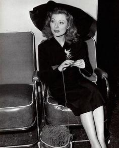 Greer Garson knitting
