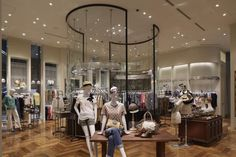 United Arrows, Lucua store. Note: hang hand bags around neck of tailoring dummies (example on right hand).