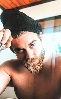 Hairy Hunks, Hairy Men, Gorgeous Eyes, Beautiful Men, Mohawk Hairstyles Men, Handsome Bearded Men, Sexy Beard, Beard Tattoo, Beard No Mustache