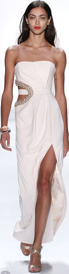 Badgley Mischka Spring 2016 RTW.... Now this is pretty close to perfection. Love her bracelet and shoes.